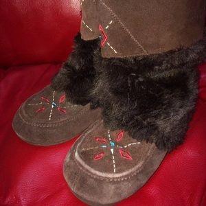 🌿Boho fur moccasin Native American Muk Luk Boots